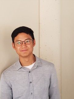 Hello! My name is Isaac Kim and I am a third-year student in the Faculty of Science at the University of Ottawa. I attended the ISRCH conference last year and enjoyed it so much that I decided to join the team to continue facilitating discussion about the collaborative aspect of healthcare. I believe that the future of healthcare lies in distributing tasks between many disciplines to improve the quality of our healthcare system. I would love to see students and experts from every faculty and field participate in the discussion about how they can help our patients of the future.
